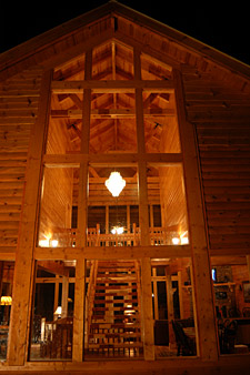 Majestic Memories log cabin near Pigeon Forge and Wears Valley, TN